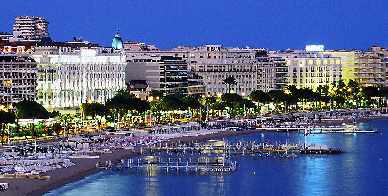 /view/admin/Themes/kcfinder/upload/images/danhmucquocgia/phap/provence/cannes-phap-mixtourist.jpg